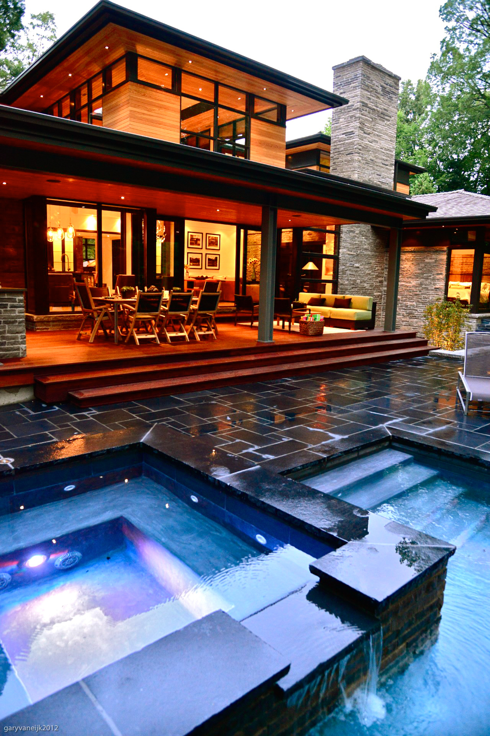House with Pol and Hot Tub