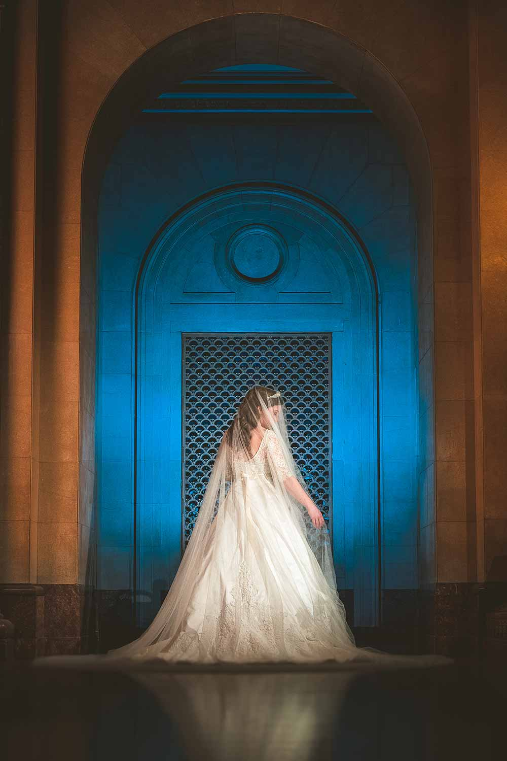 scioto-county-courthouse-dramatic-bride-portrait.jpg