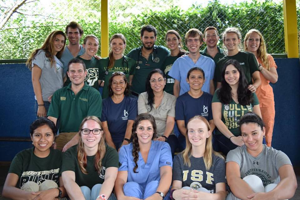 USF medical/public health students with team leaders Drs. Elimarys Perez-Colon, Brian Knox and Martín Griangreco pictured with the Cedro Clinic's Dra. Wendy, nurse Selma, MPI country director Christina Palazzo and MPI program directors