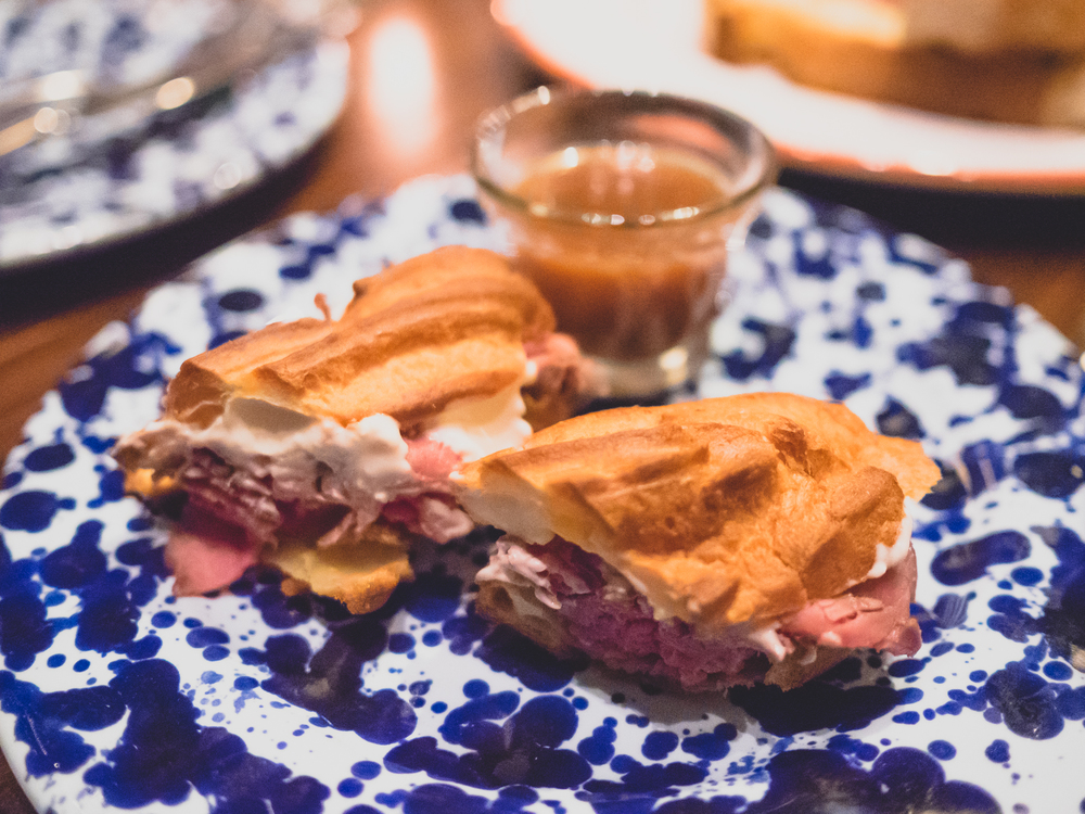 french dip eclair.