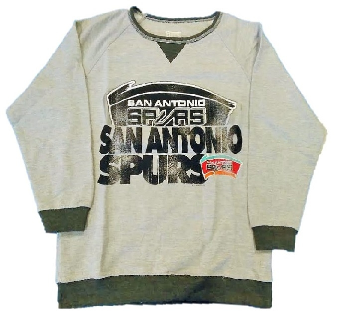 SPURS: SWEATSHIRT- HARDWOOD CLASSICS BY MAJESTIC WITH OLD SCHOOL LOGO- GIRLS- SIZES S, M, & L- LIMITED QUANTITIES AVAILABLE