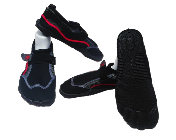 AQUA : MENS BODY GLOVE : STYLE : SEEK : COLOR : BLK/FIERY RED : SIZES : 9-12