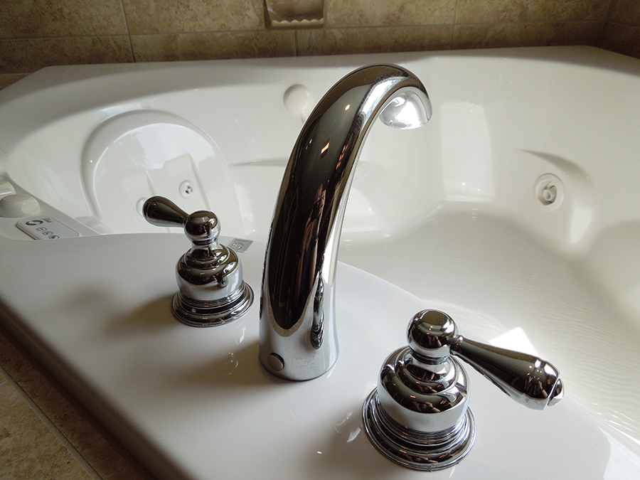 bathfaucett.png