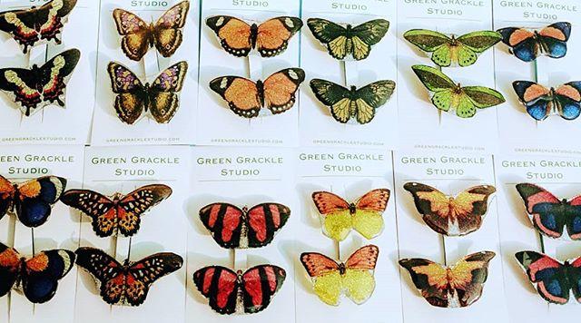 Butterflies! #resin #butterfly #barrettes #greengrackle