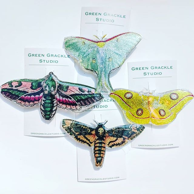 Creatures of the night. #moth #lunamoth #deathsheadmoth #resin #barrettes #greengrackle