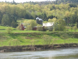 The farm provides an emblamatic New England view for paddlers.