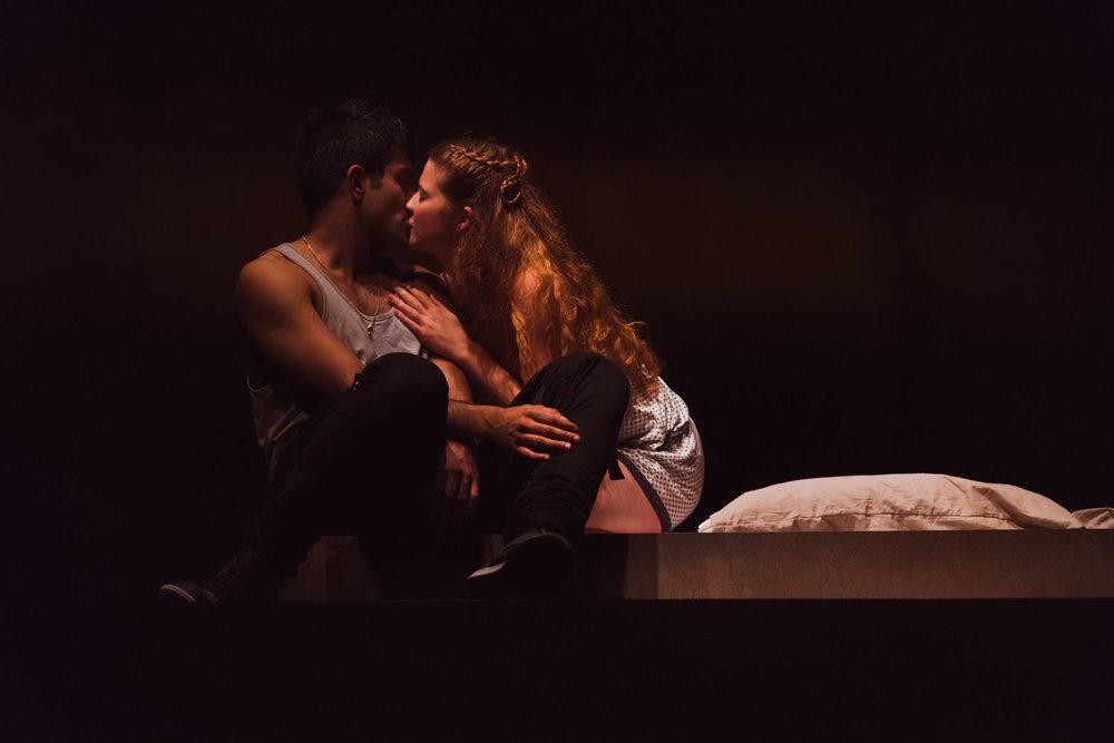 © Topher McGrillis, RSC (Karen Fishwick as Juliet + Bally Gill as Romeo)