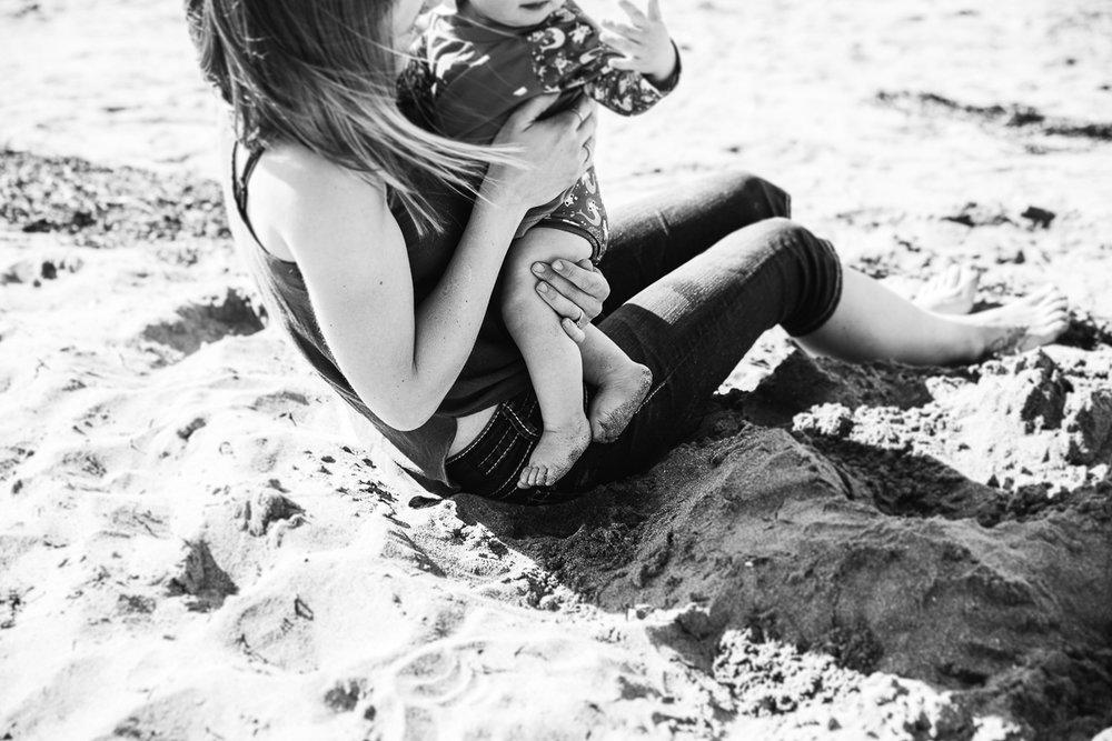 Storytelling Beach Day-74.jpg