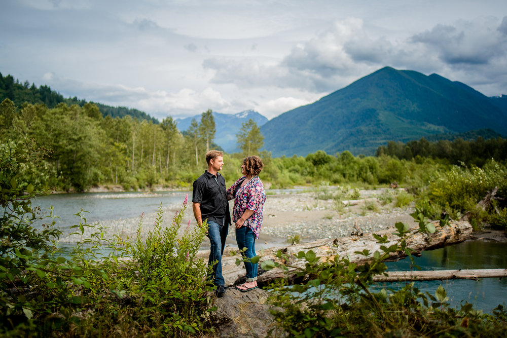 Chilliwack River Bank Mountain Chilliwack Fun  Engagement Photographer 009.jpg