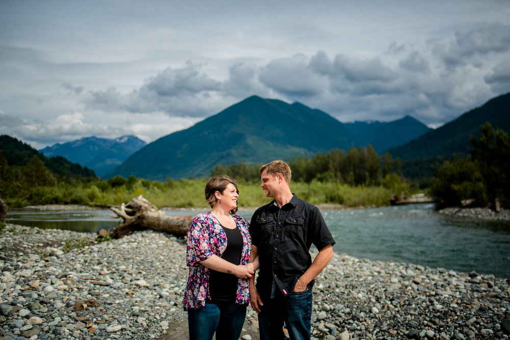 Chilliwack River Bank Mountain Chilliwack Fun  Engagement Photographer 013.jpg