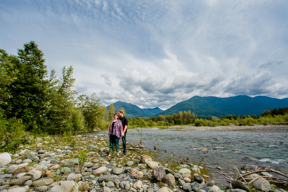 Chilliwack River Bank Mountain Chilliwack Fun  Engagement Photographer 116.jpg