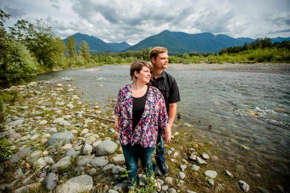 Chilliwack River Bank Mountain Chilliwack Fun  Engagement Photographer 121.jpg