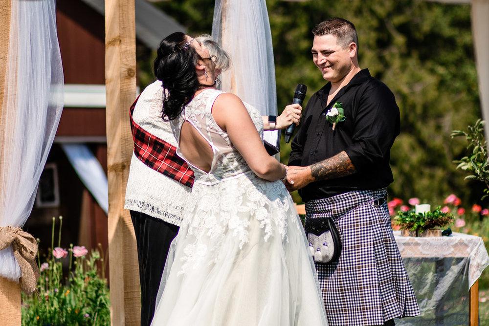 03659ea02d Leanne + Doug} White Owl Barn | Langley Wedding Photographer ...