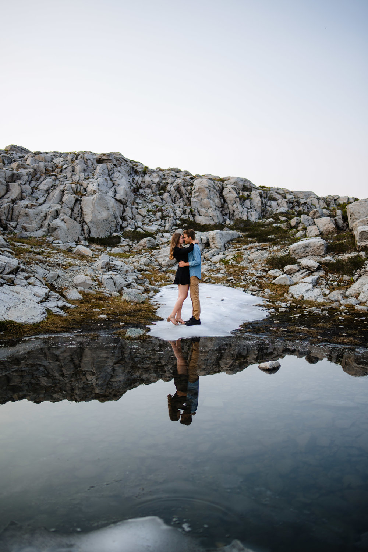 Mt Baker Artist Point Couples Engagement Photographer Romantic Adventure Mountain Top Snow Evening