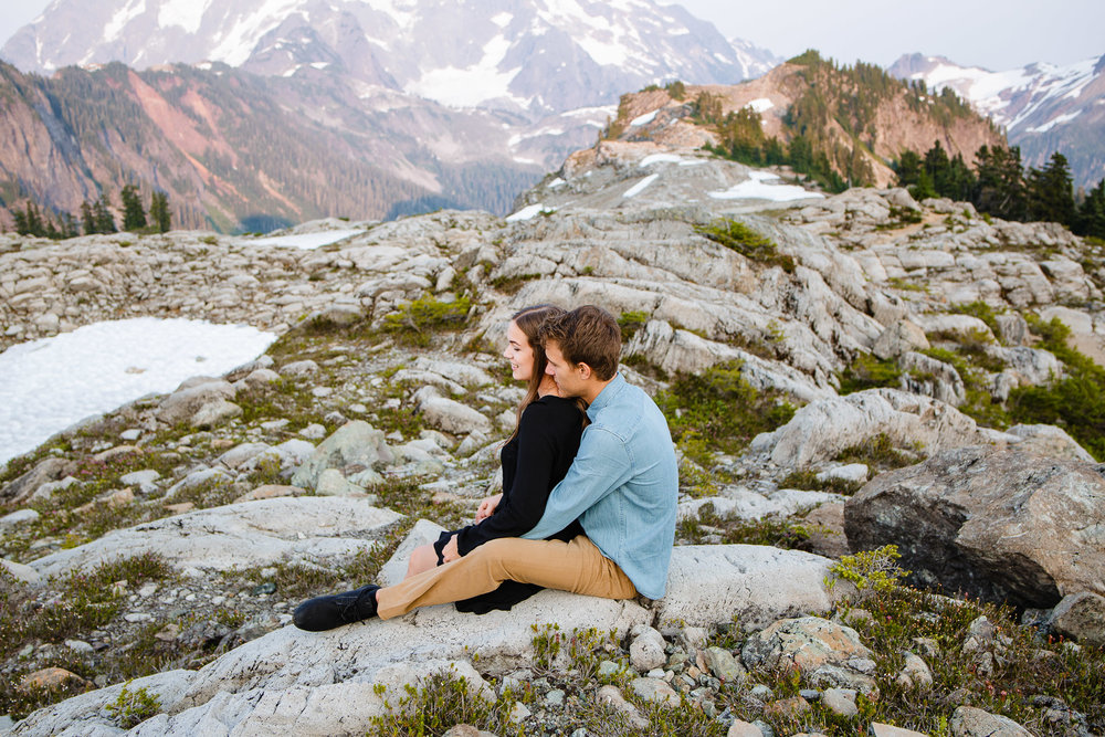 Artist Point Mount Baker Scenery Engagement Photography Inspo Couple Romantic Young Black Jean Sunset-097.jpg