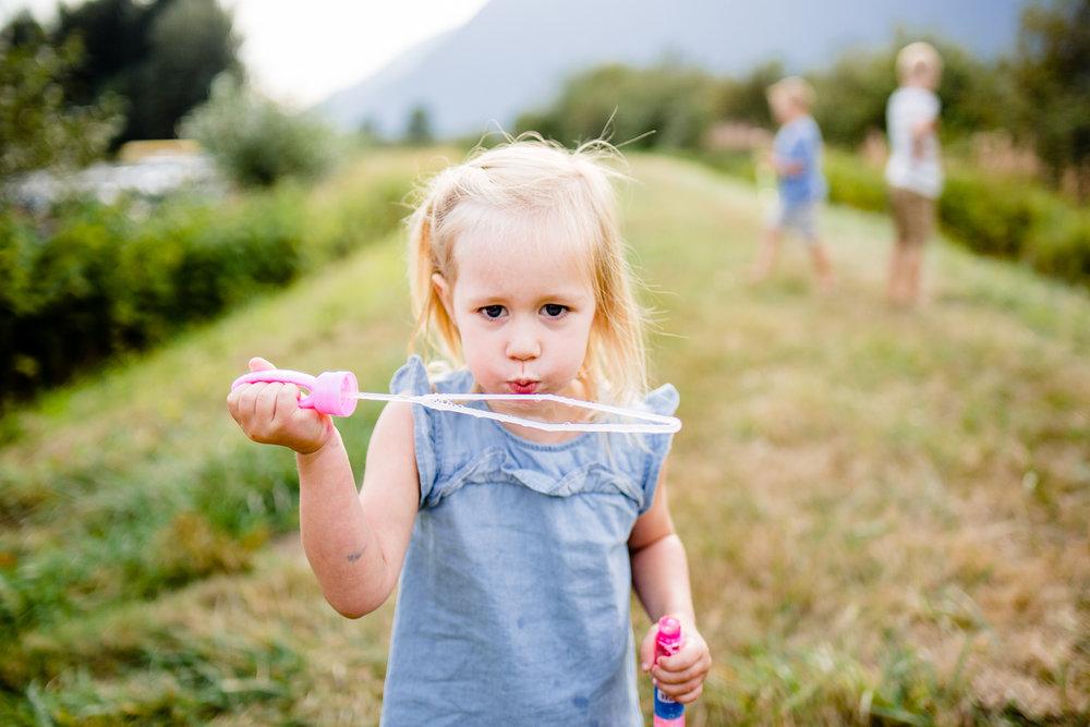 Pitt Lake Maple Ridge BC Family Documentary Photographer Candid Lifestyle Memories Family of 6 4 children -027.jpg