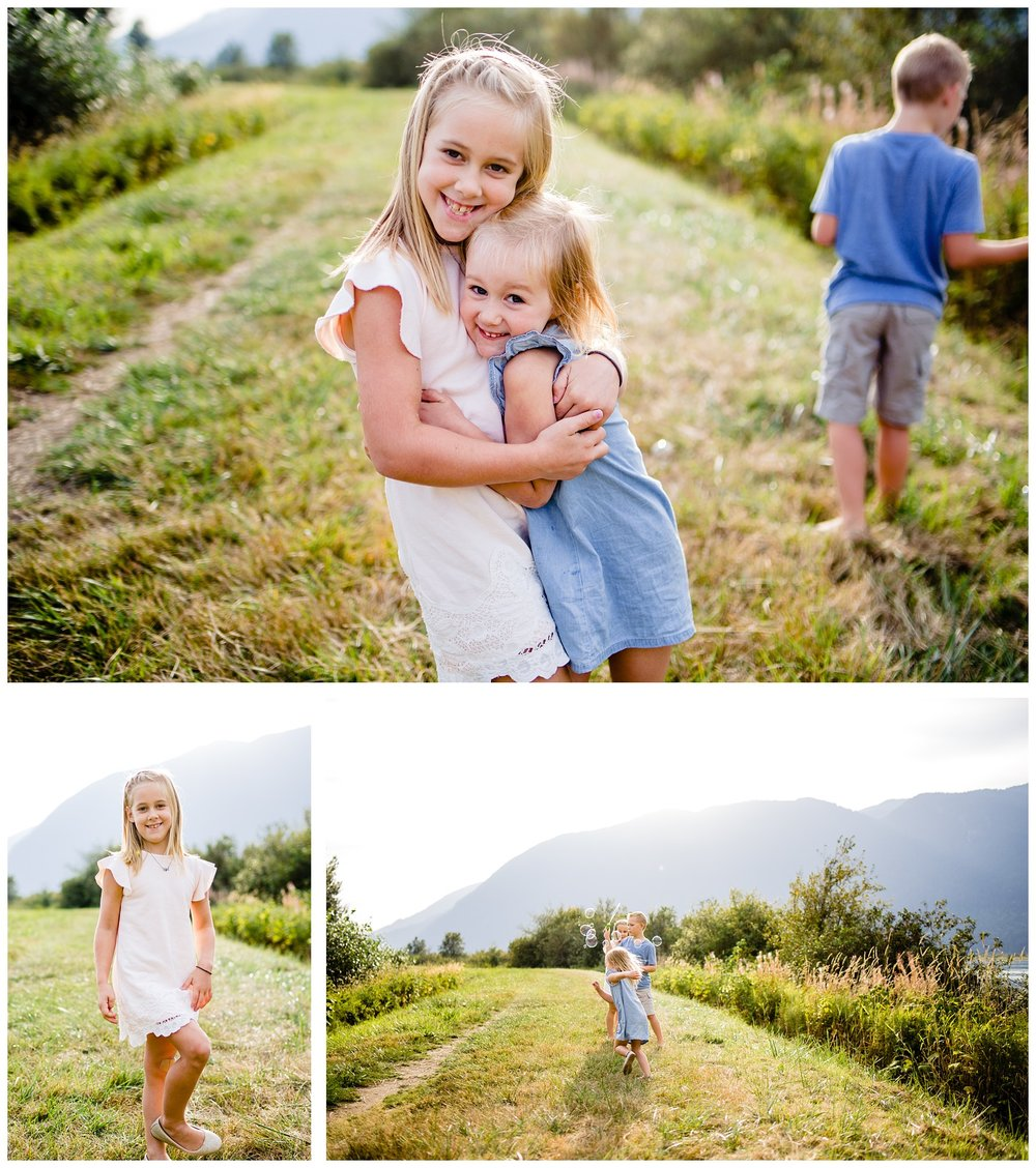 Pitt Lake Documentary Family Photographer Bubbles Mud Family of 6 Boys Girls Children_0088.jpg