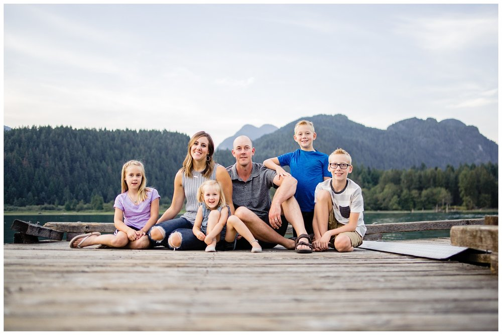 Pitt Lake Documentary Family Photographer Bubbles Mud Family of 6 Boys Girls Children_0097.jpg