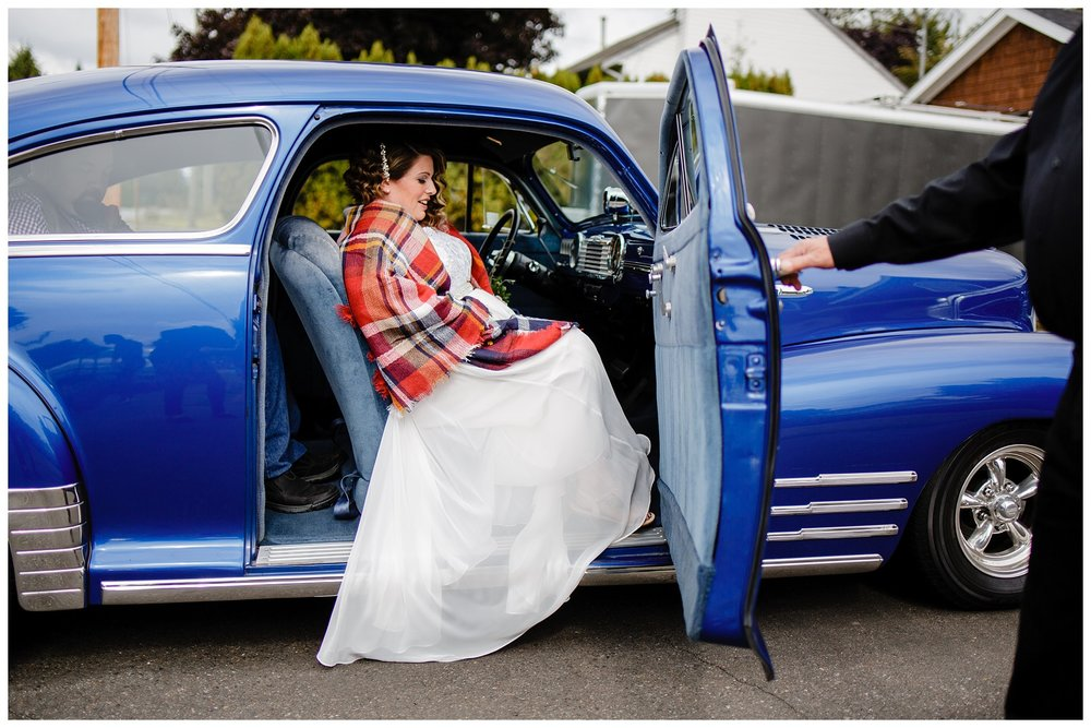 Aldergrove Park Fall Backyard Wedding Photographer Pregnant Bride Tent Outdoor BC Canada Best Wedding Photographer_0011.jpg