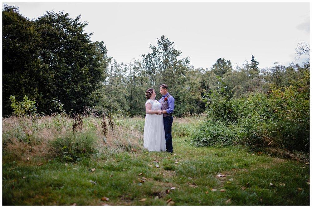 Aldergrove Park Fall Backyard Wedding Photographer Pregnant Bride Tent Outdoor BC Canada Best Wedding Photographer_0022.jpg