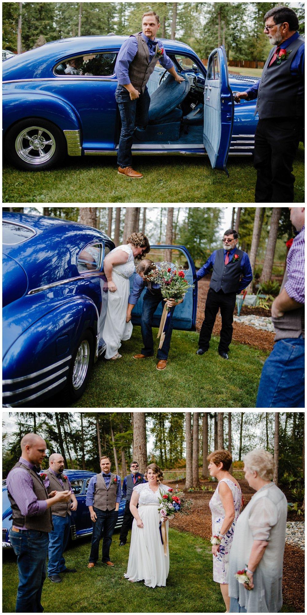 Aldergrove Park Fall Backyard Wedding Photographer Pregnant Bride Tent Outdoor BC Canada Best Wedding Photographer_0034.jpg