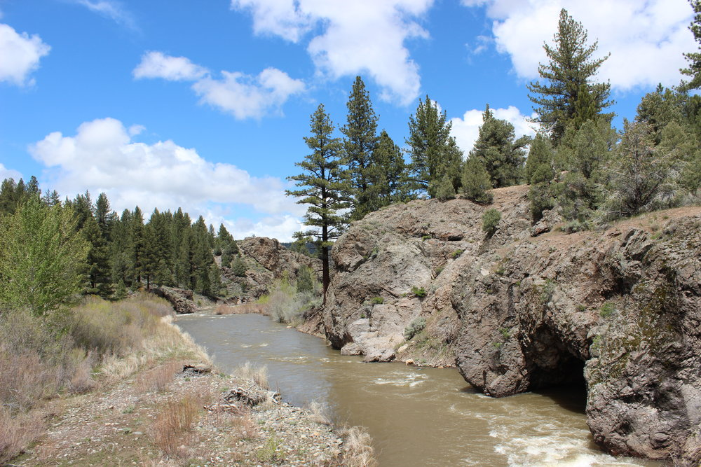 Book Now - East Fork Carson River: Hangmans RunClass II        Full Day      $130.00 (adult)                                       $120.00 (7-12yrs)Best From:    SOUTH LAKE TAHOE$10.00 per person commission