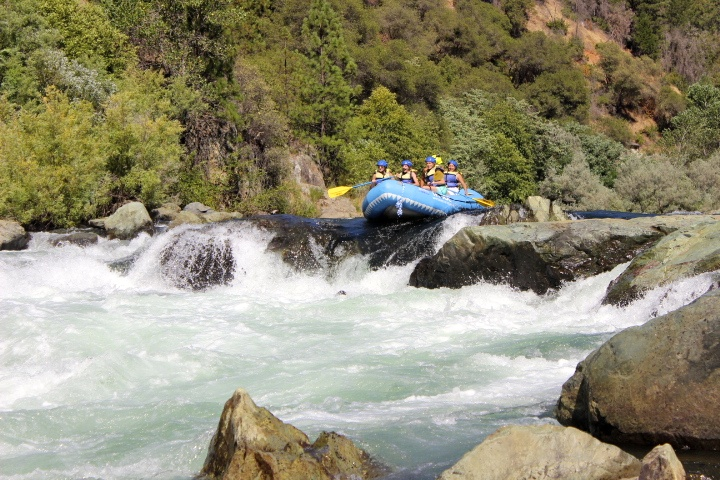 Book Now - Middle Fork American River: Tunnel Chute RunClass III-IV+       Full Day         $145.00Best From:  NORTH LAKE TAHOE or Auburn $10.00 per person commission