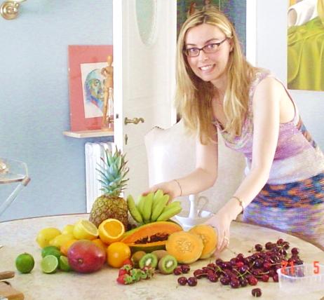 8. creazione di una composizione di frutta per disegno e pittura dal vero.jpg