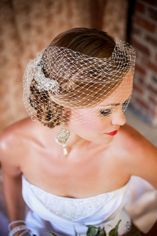 winsor event studio spanish bride birdcage veil