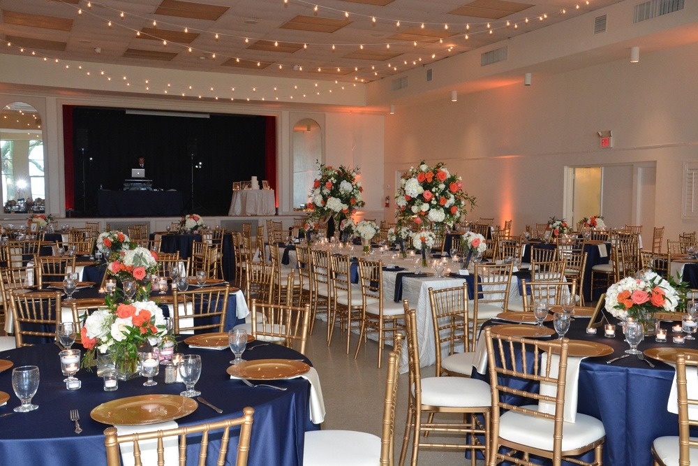 winsor event studio tampa garden club wedding navy coral peach