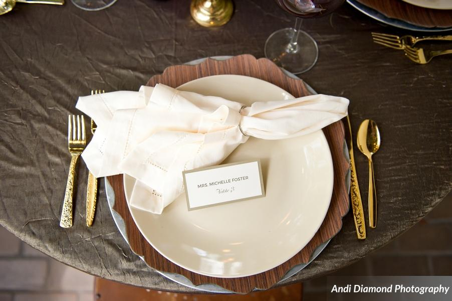 winsor event studio chargers layered place setting