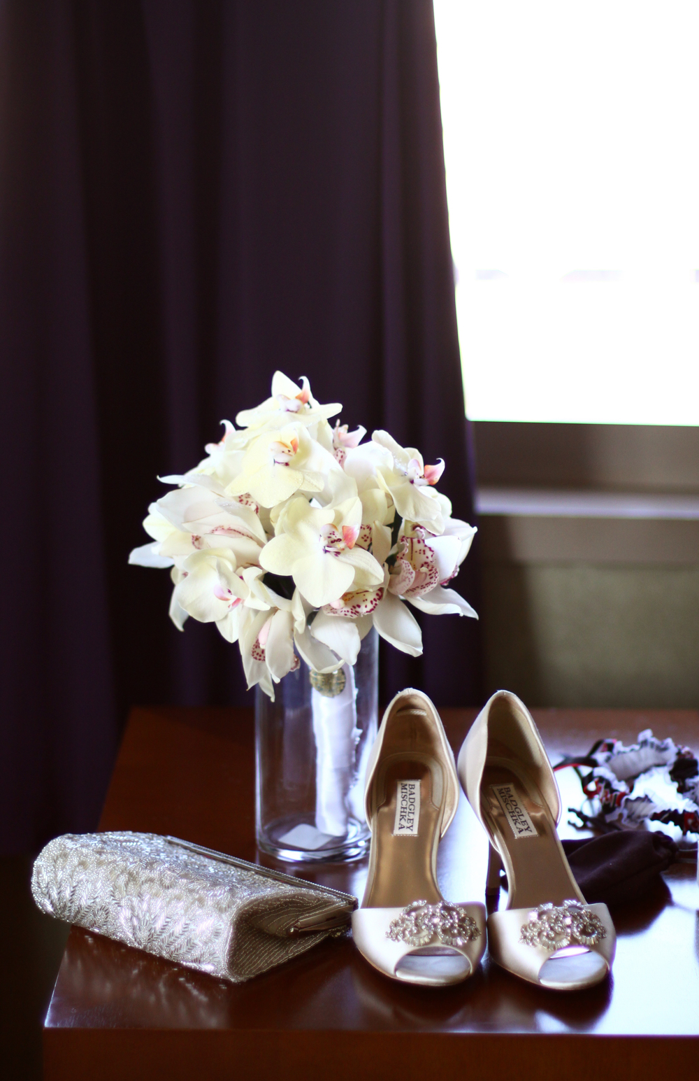 winsor event studio bride bouquet heels
