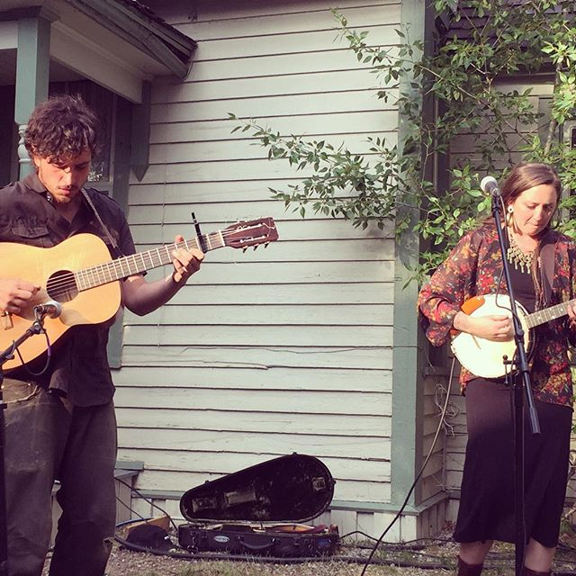 Silas and Mackenzie's duo set before our show at the Brekenridge River Walk Center opening for @mandolin_orange