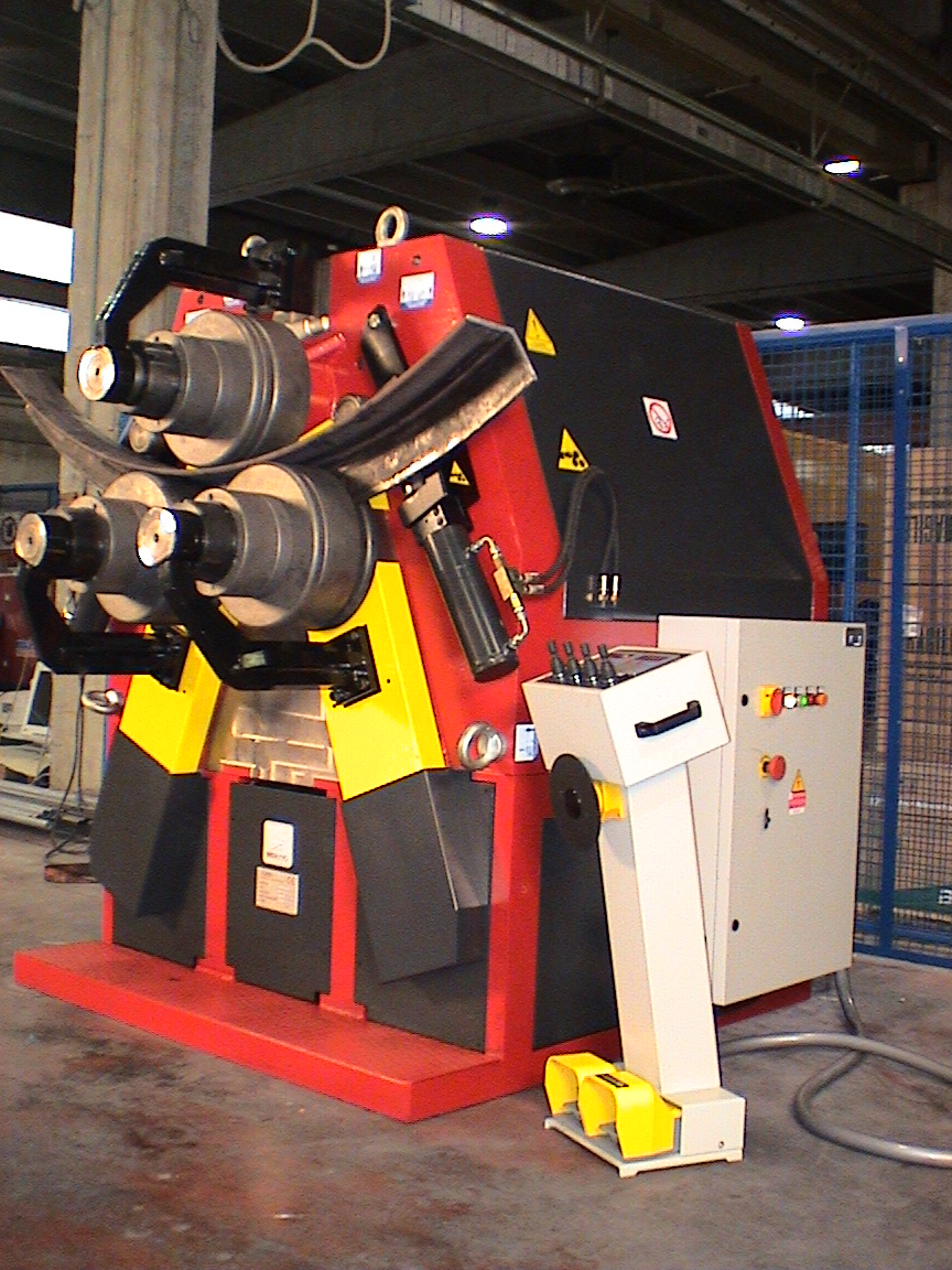bending-machine-with-cnc-control