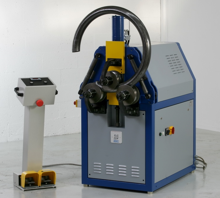 roller-with-cnc-control-bending-machine