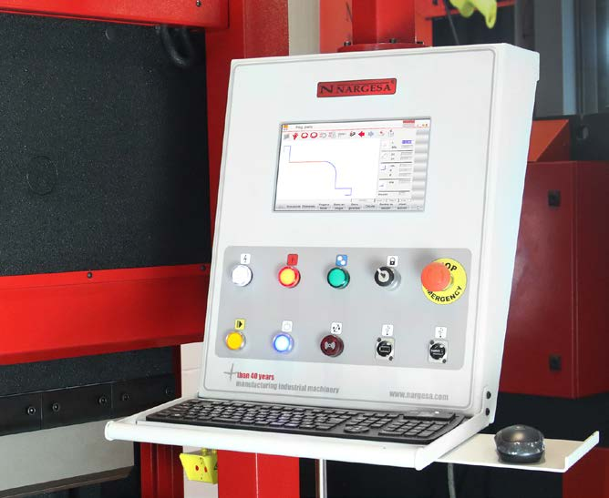 GRAPHICS AND BEND CALCULATION IN CNC - Optional installation in the basic CNC control of software modules with bending simulator and CNC optimizer for the creation of 2-D graphics of bending program with the most efficient sequence.