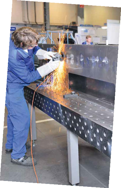 Siegmund Welding Tables and Fixtures - Quantum Machinery Group_Page_058_Image_0002.jpg