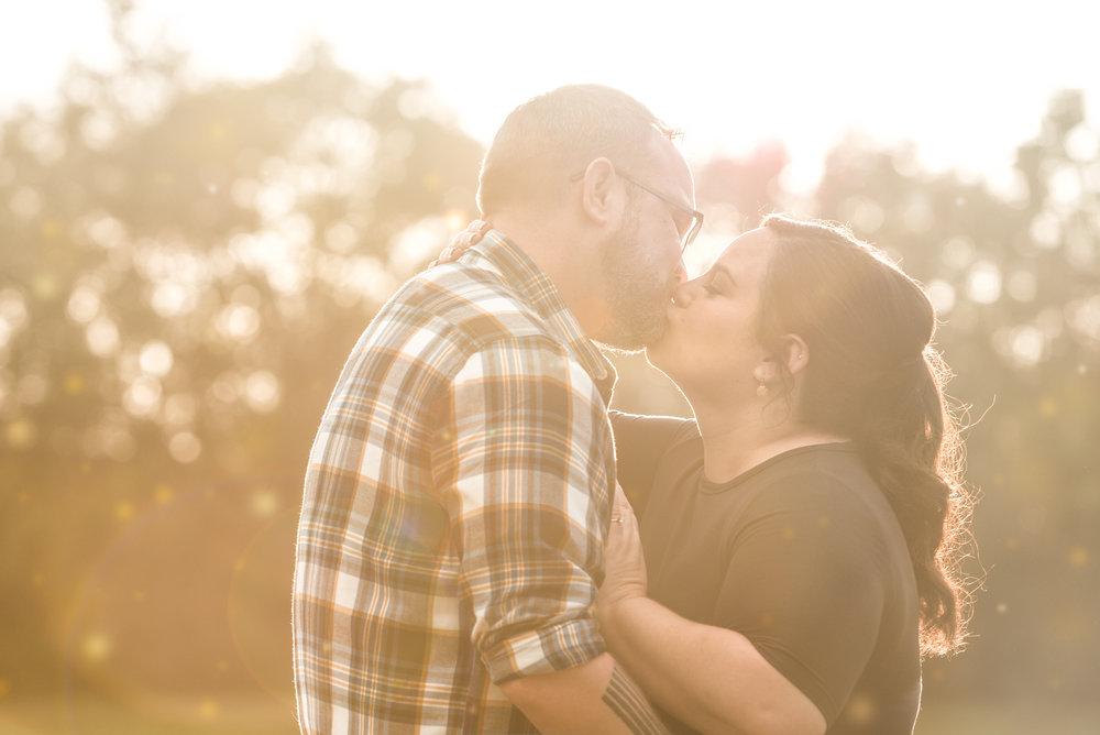 ELIZABETH & CHRIS - Engagement Shoot
