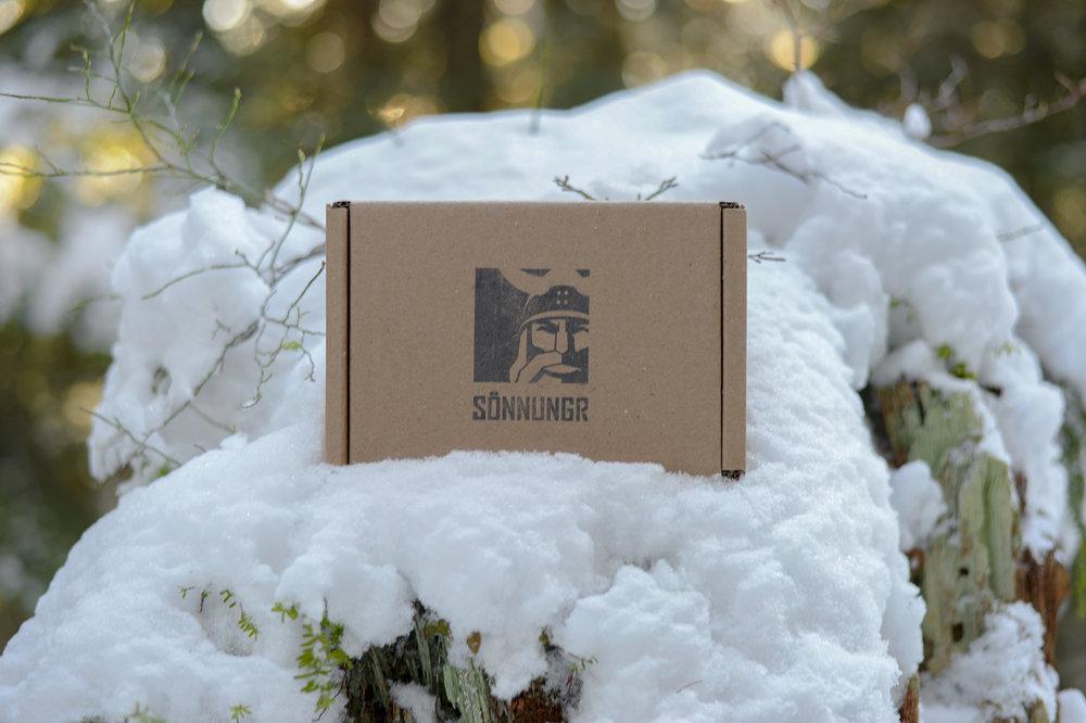 sonnungr_box_snow.jpg