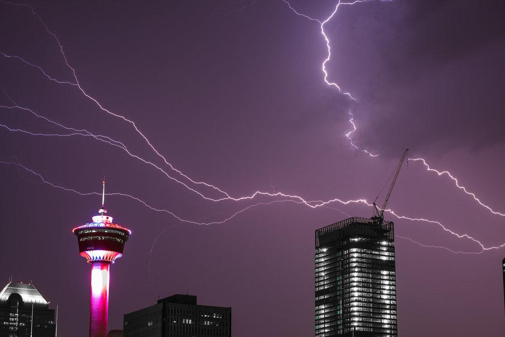 Lightning3-1.jpg