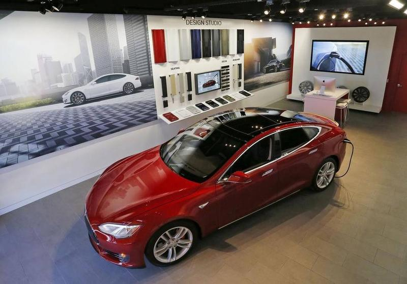 A Tesla Model S on display in the company's University Park show room in Fort Worth.   FORT WORTH STAR-TELEGRAM