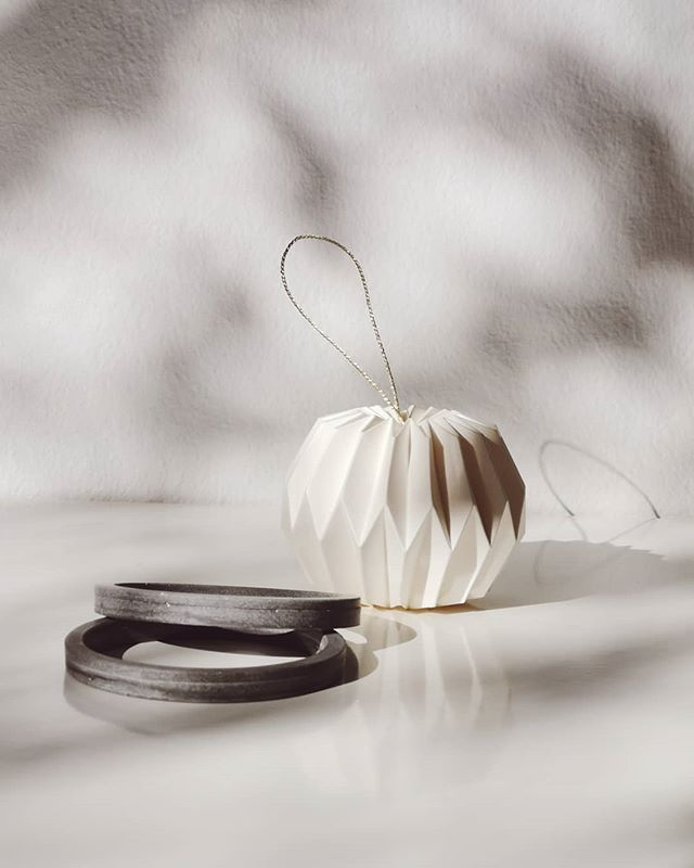 Wishing you a year full of elegance & style! #newyork #jewelry #cementjewel #ring #minimalism #cement #newyorker #vogue #igersmanhattan #rentalmag #broadmag #losangeles #jewelryart #ny #minimalism #minimalmag #allure #bazaar #instagood #instadaily #fashion #stylish #ootd #manhattan #minimAl #cerealmag #ignant #elegant #ootd #style
