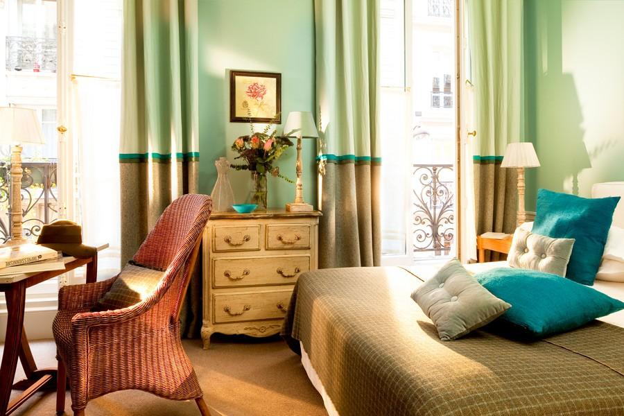 FRANCE-Paris-Hotel Ste Beuve-Superior room.jpg