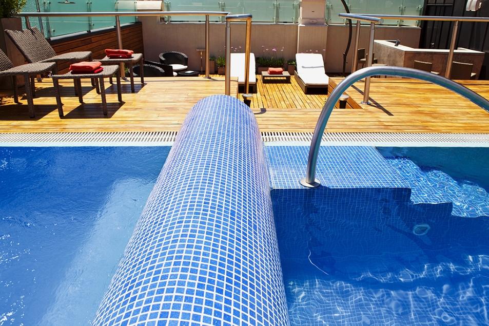 ARGENTINA-BA -Algodon rooftop pool.jpg