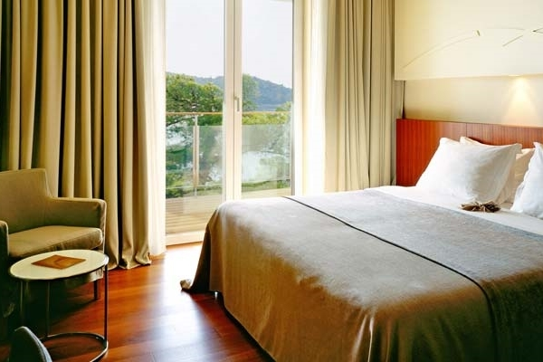 CROATIA - Villa Dubrovnik -superior-room-masterview.jpg