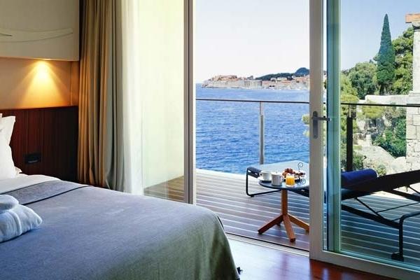 CROATIA- Villa Dubrovnik - Standard Suite Bedroom.jpg