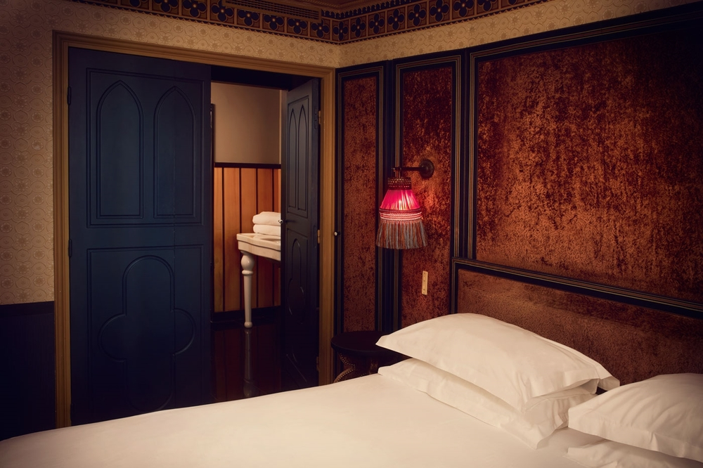 FRANCE-Paris-Hotel Bourg Tibourg -chambre-deluxe.jpg