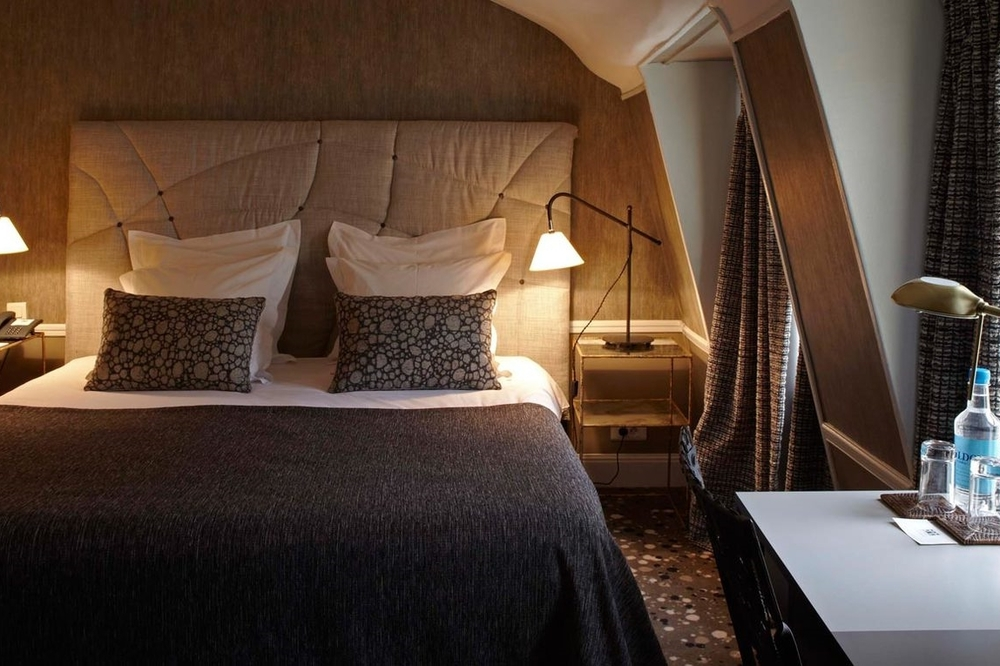 FRANCE-Paris-Hotel Therese-Club Double Room.jpg