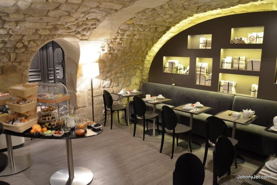 FRANCE-Paris- Hotel-Verneuil-Paris-France-Breakfast room.jpg