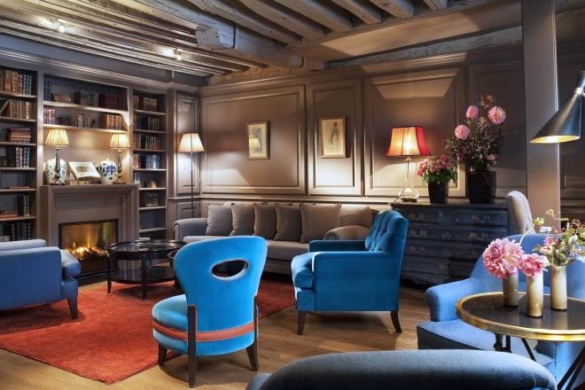 FRANCE-Paris-hotel-verneuil Lobby.jpg